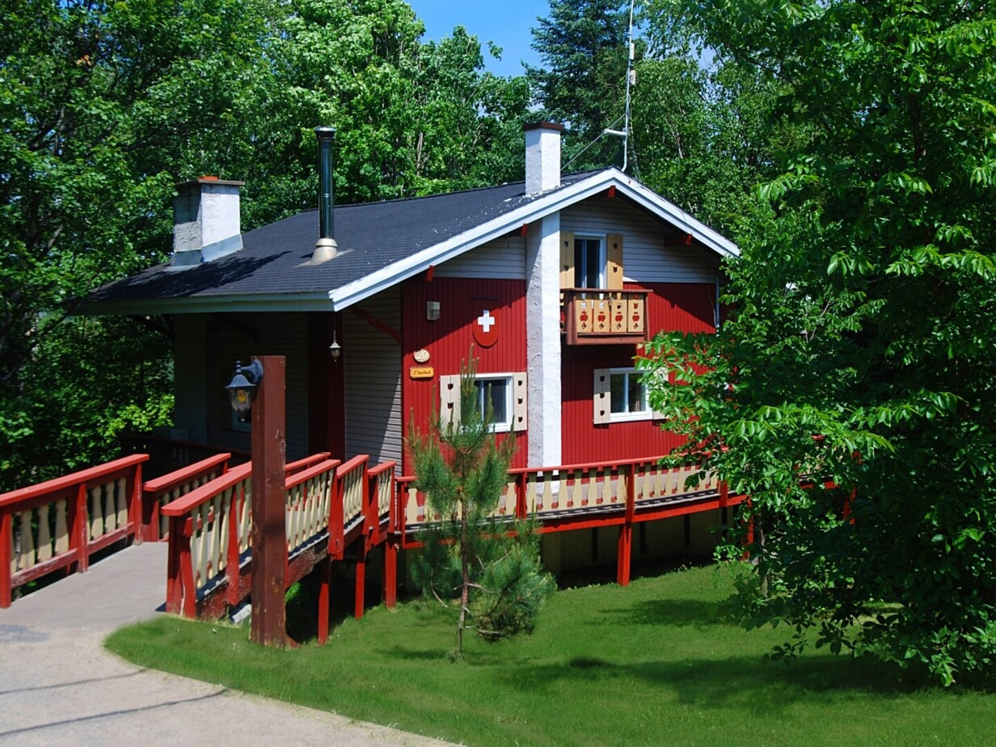 Location du chalet 30 chalets 15 piscines 14 spas for Chambre de commerce laurentides